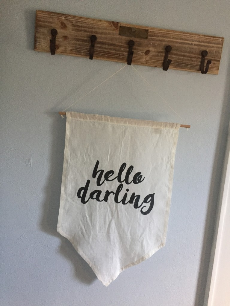 A sweet little welcome banner for babe, courtesy of theprettypen.com.